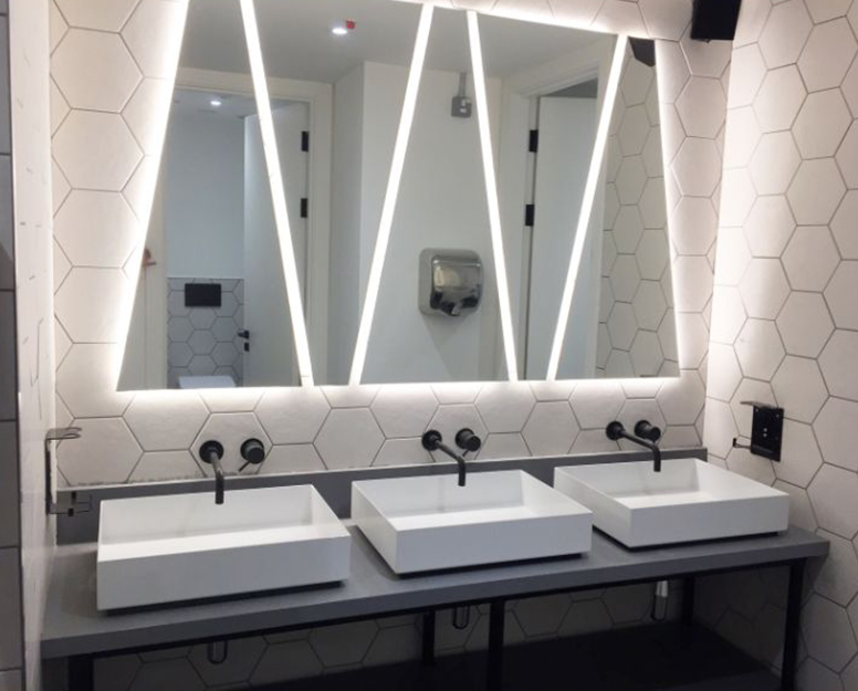 Microcement London - Luxury Microcement bathrooms by Deco Cemento