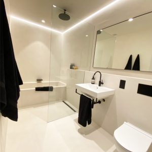 Microcement London - Wet room by Deco Cemento